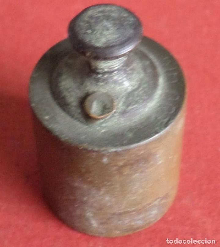 PESA BRONCE 100 GR.-- SELLO O SIMILAR (Antigüedades - Técnicas - Medidas de Peso Antiguas - Otras)