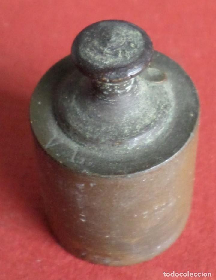 Antigüedades: Pesa bronce 100 gr.-- Sello o similar - Foto 2 - 222802340
