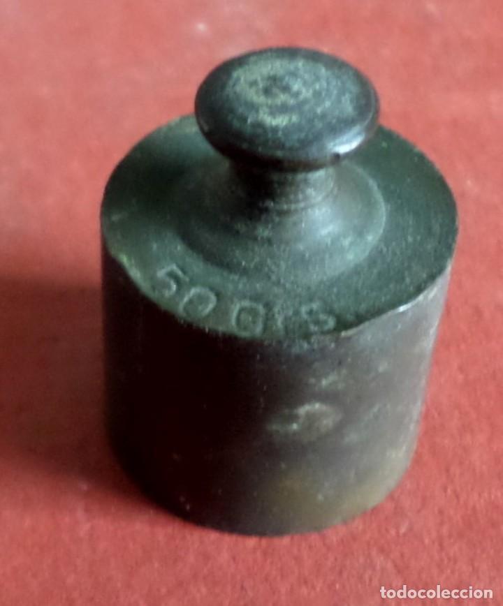 PESA BRONCE 50 GR. --- 50 GRS (Antigüedades - Técnicas - Medidas de Peso Antiguas - Otras)