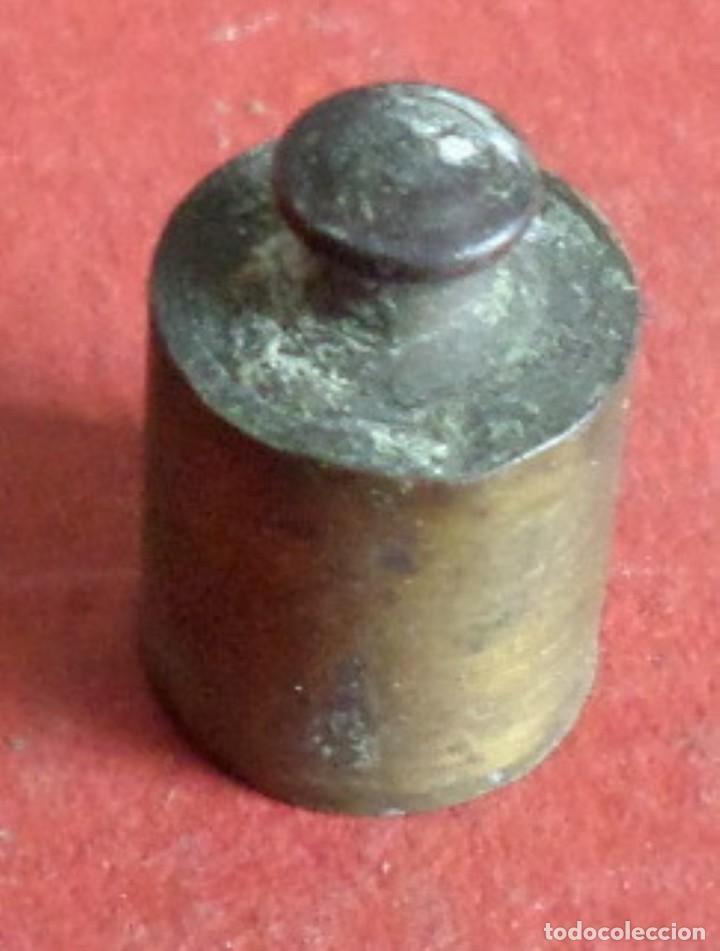 Antigüedades: Pesa bronce 10 gr. -- Al estar la foto ampliada se ve más fea de lo que esta - Foto 2 - 222805616