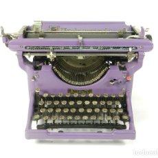 Antigüedades: MAQUINA DE ESCRIBIR UNDERWOOD AÑO 1930 COLOR LILA TYPEWRITER SCHREIBMASCHINE. Lote 222823958