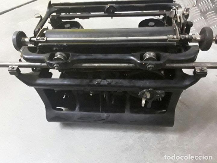 Antigüedades: Antigua y muy bonita máquina de escribir - Marca Ideal - Principios 1900´s - - Foto 7 - 222847802