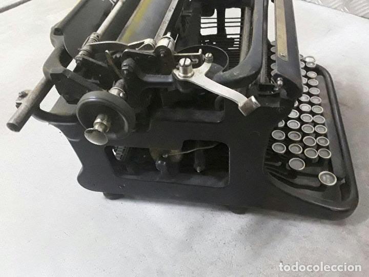 Antigüedades: Antigua y muy bonita máquina de escribir - Marca Ideal - Principios 1900´s - - Foto 8 - 222847802