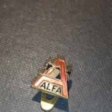 Antigüedades: PIN MAQUINA COSER ALFA. Lote 208324258