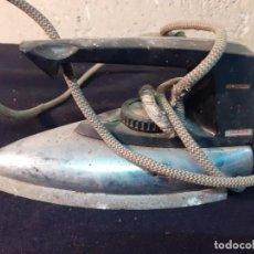 Antigüedades: PLANCHA ANTIGUA ELECTRICA UFESA. Lote 222974426