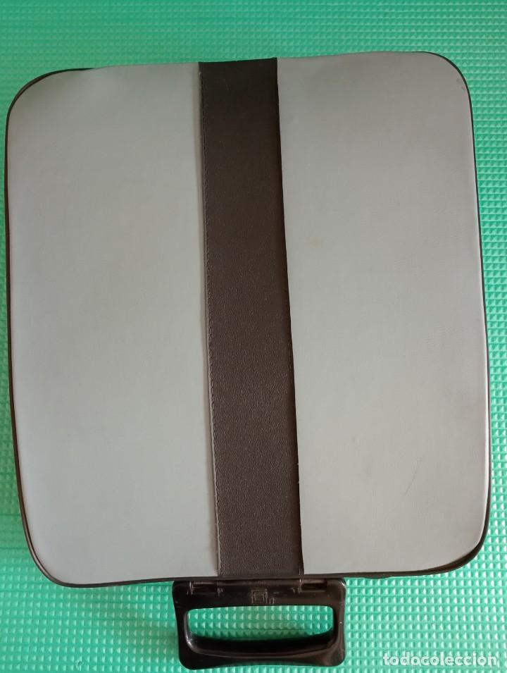 Antigüedades: Maquina de escribir olivetti pluma 22 - Foto 3 - 223107355