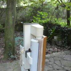 Antigüedades: PLANCHADORA ELECTRONICA AEG. Lote 223141843