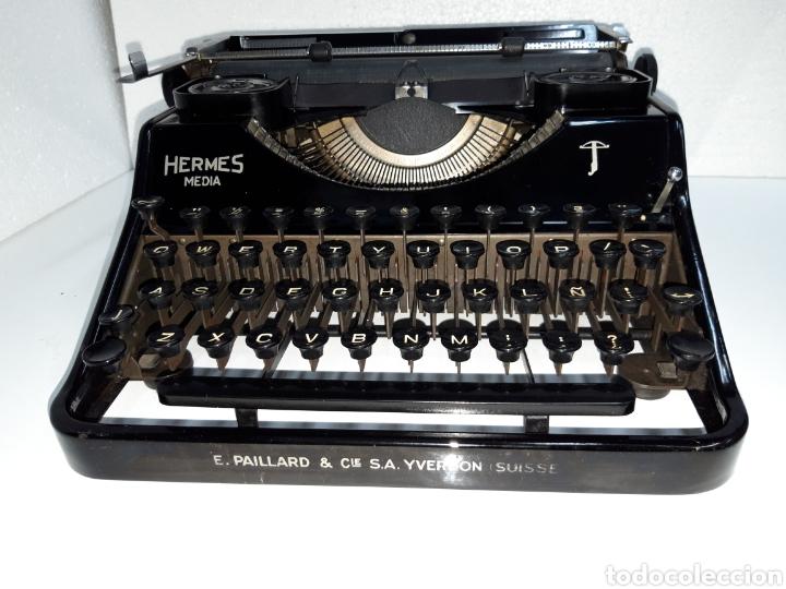 ESCRIBIR TYPEWRITER SCHREIBMASCHINE HERMES MEDIA (Antigüedades - Técnicas - Máquinas de Escribir Antiguas - Hermes)