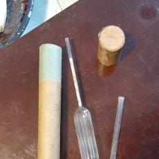 Antigüedades: ANTIGUO MEDIDOR PESA-LECHE. PÈSE-LAIT. TERMOLACTODENSIMETRO.... Lote 223429441