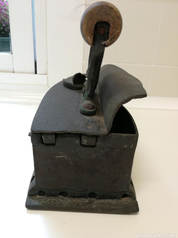 Antigüedades: Antigua Plancha de carbón - Foto 5 - 59769596