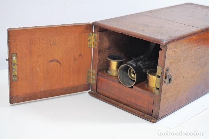 "Antigüedades: ANTIGUO MICROSCOPIO INGLÉS ""SMITH AND BECK"" modelo MILKBOX c. 1847 - Foto 3 - 223499410"