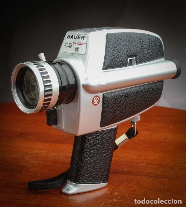 Antigüedades: CÁMARA BAUER C3 SUPER 8 mm CON FUNDA ORIGINAL, EN MUY BUEN ESTADO - Foto 7 - 223600510