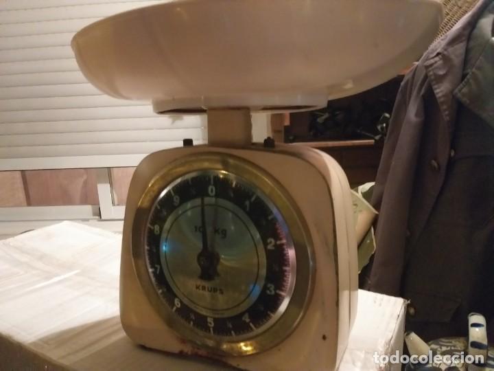 Antigüedades: bonita balanza alemana de muelle marca krups con fuerza 10 kg - Foto 2 - 223727113