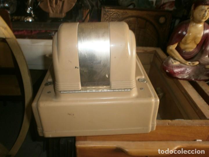 Antigüedades: Caja registradora manual marca VICTOR marca y abre el cajón sin llaves medida 39 X 29 X 29 cm. - Foto 6 - 26227650