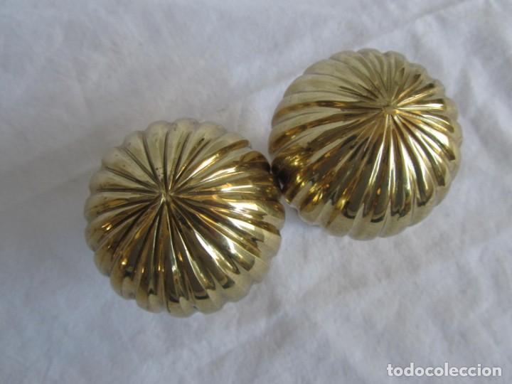 Antigüedades: Pareja de pomos o remates de bronce - Foto 6 - 223743908