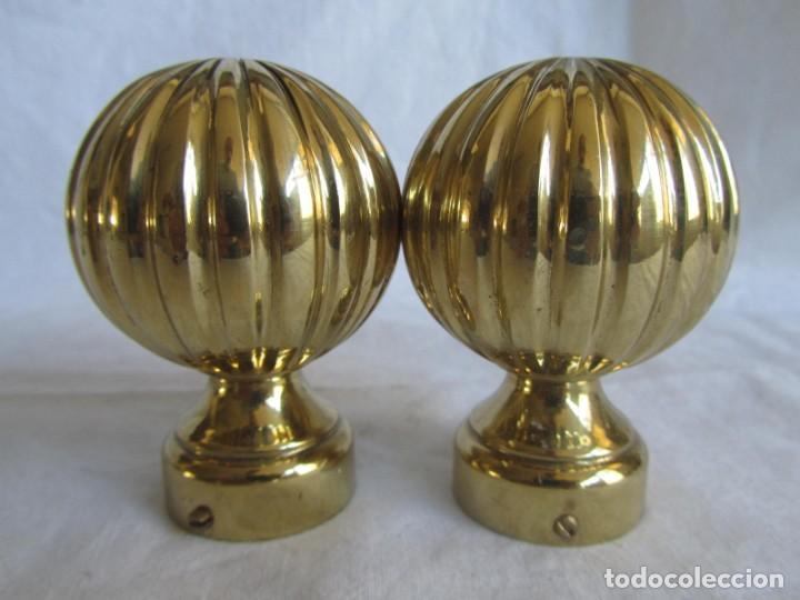 Antigüedades: Pareja de pomos o remates de bronce - Foto 7 - 223743908
