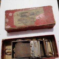 Antigüedades: SUAVIZADOR ASENTADO EN SU CAJA ORIGINAL. Lote 223848121