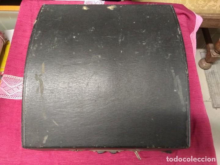Antigüedades: MUY ANTIGUA MAQUINA DE ESCRIBIR MARCA REGIA MIXTA,BUEN ESTADO - Foto 5 - 158671446
