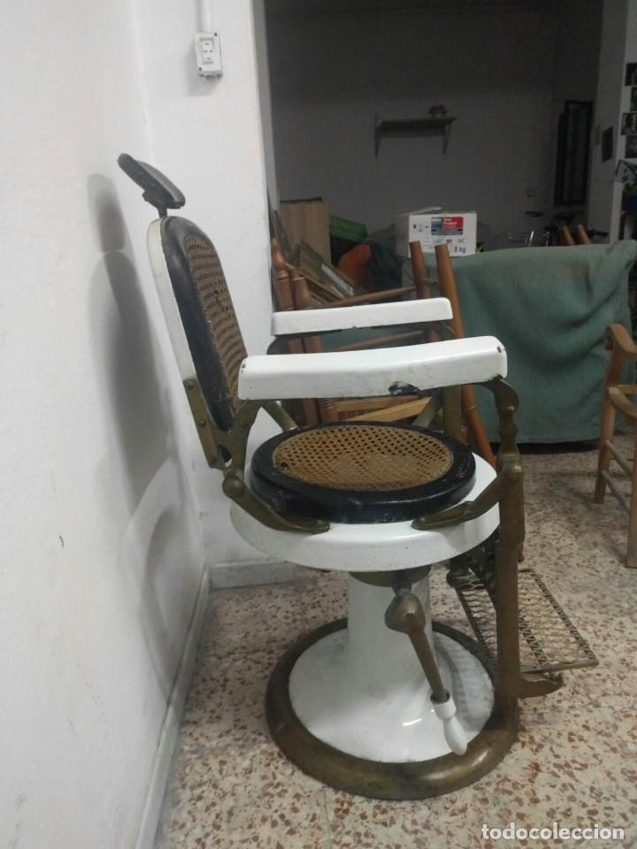 Antigüedades: SILLÓN Ö SILLA DE BARBERO - Foto 2 - 224214037