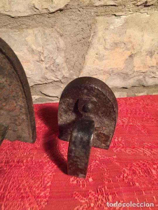 Antigüedades: Antiguas 2 plancha / planchas de hierro forjado de finales siglo XIX - Foto 4 - 224235566