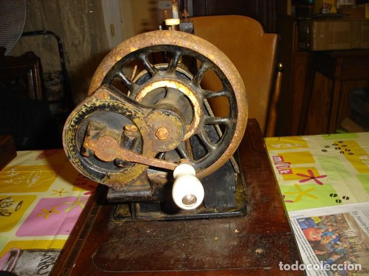 Antigüedades: bonita maquina de coser anos 1900 - Foto 6 - 224446385