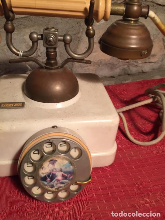 Teléfonos: Antiguo telefono blanco de la marca Elasa de los años 60-70 - Foto 3 - 224511402