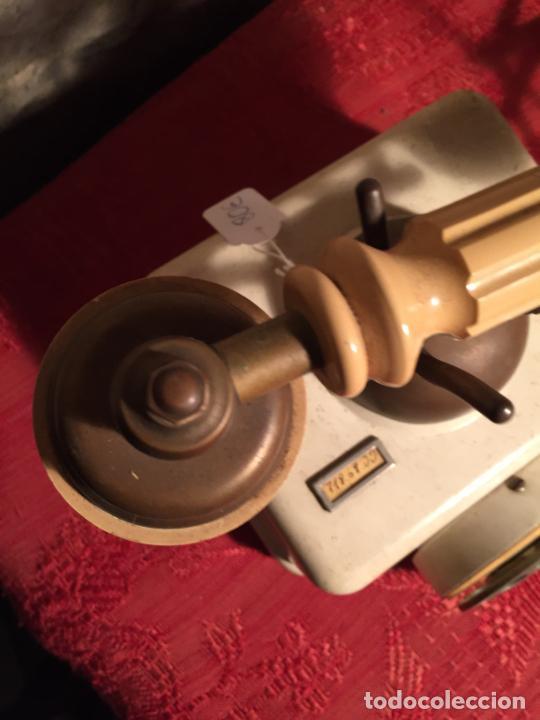 Teléfonos: Antiguo telefono blanco de la marca Elasa de los años 60-70 - Foto 5 - 224511402