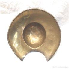 Antigüedades: BACIA DE BARBERO METAL O LATÓN S XIX. MED. 17 CM. Lote 224513196
