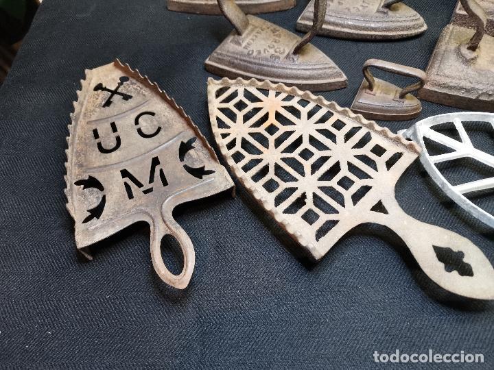 Antigüedades: LOTE DE ANTIGUAS PLANCHAS DE HIERRO - Foto 6 - 224646515
