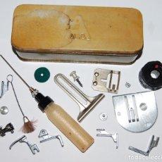 Antigüedades: CAJA CON REPUESTOS DE MAQUINA DE COSER ALFA 103. Lote 224651936