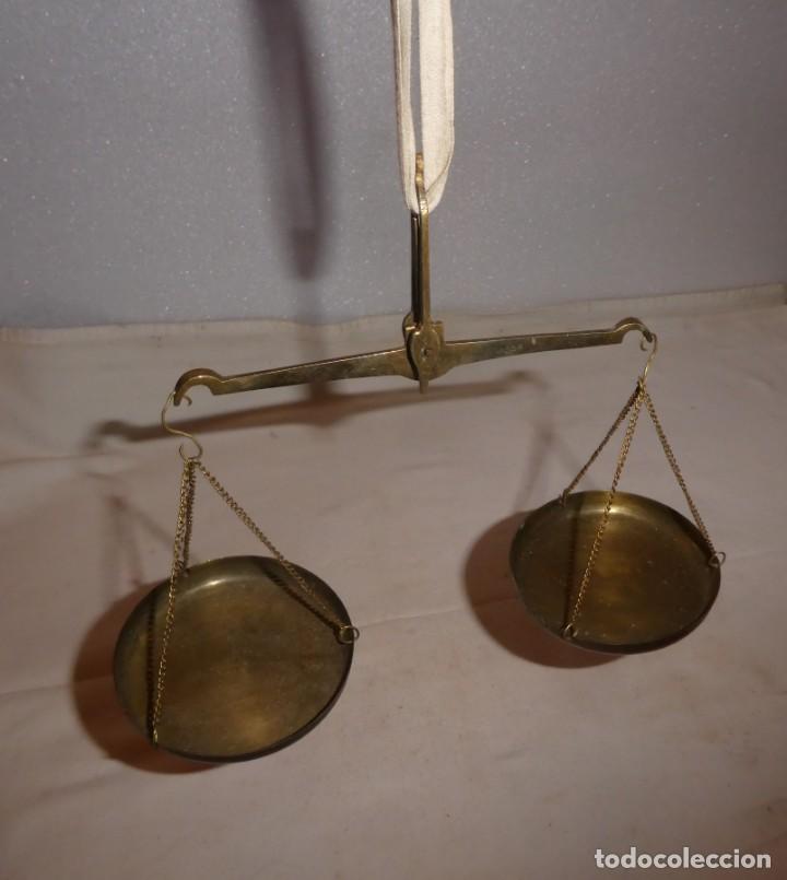 ANTIGUA Y PEQUEÑA BALANZA DE PLATOS (Antigüedades - Técnicas - Medidas de Peso - Balanzas Antiguas)