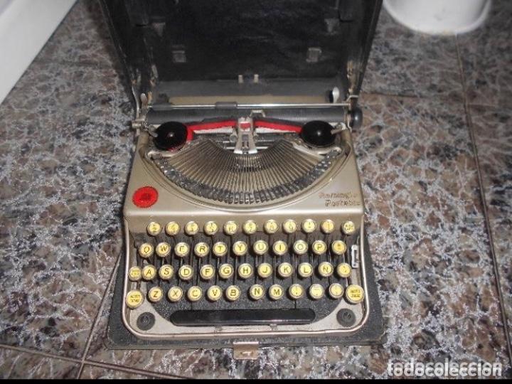 Antigüedades: Antigua maquina de escribir portatil Remington Portable CREO MODELO 5 FUNCIONANDO - Foto 3 - 224916781