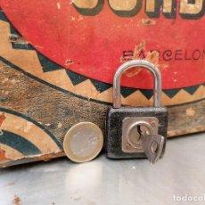 Antigüedades: CANDADO ANTIGUO CON SU LLAVE. Lote 224953866