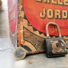 Antigüedades: CANDADO ANTIGUO CON SU LLAVE 01. Lote 224954070