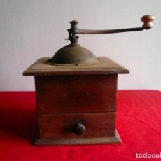 Antigüedades: ANTIGUO MONILLO DE CAFÉ. FRANCIA. MADERA Y METAL. TAMAÑO GRANDE. Lote 225048525