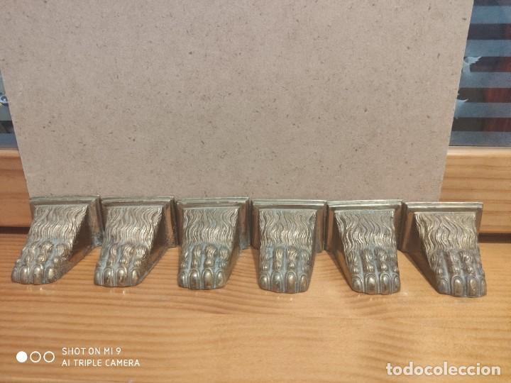 6 PATAS DE LEÓN EN BRONCE PARA REMATE DE MUEBLE ANTIGUO. (Antigüedades - Técnicas - Cerrajería y Forja - Varios Cerrajería y Forja Antigua)