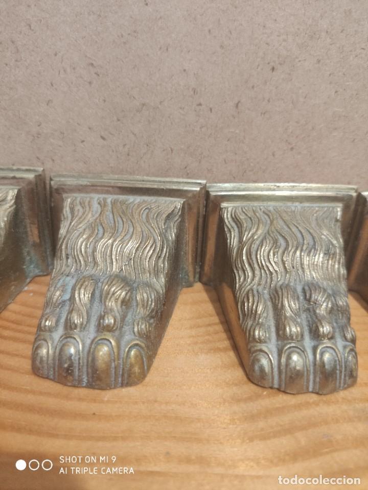 Antigüedades: 6 PATAS DE LEÓN EN BRONCE PARA REMATE DE MUEBLE ANTIGUO. - Foto 7 - 225081437
