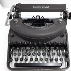 Antigüedades: ANTIGUA MAQUINA DE ESCRIBIR TYPEWRITER UNDERWOOD NOISELESS PORTABLE. Lote 225269435