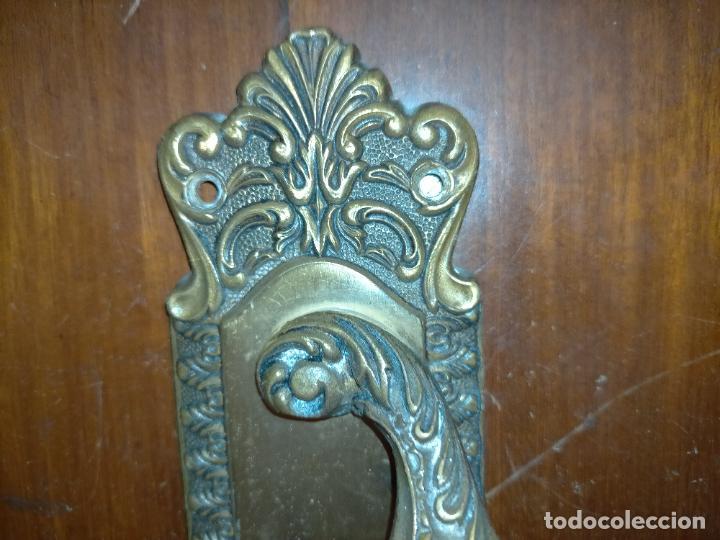 Antigüedades: 4 gigantes tiradores metal 28,5x5,9 cm para cajones o puertas correderas armarios comodas portones - Foto 2 - 225359915