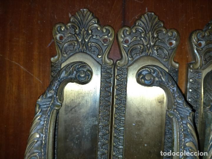 Antigüedades: 4 gigantes tiradores metal 28,5x5,9 cm para cajones o puertas correderas armarios comodas portones - Foto 18 - 225359915