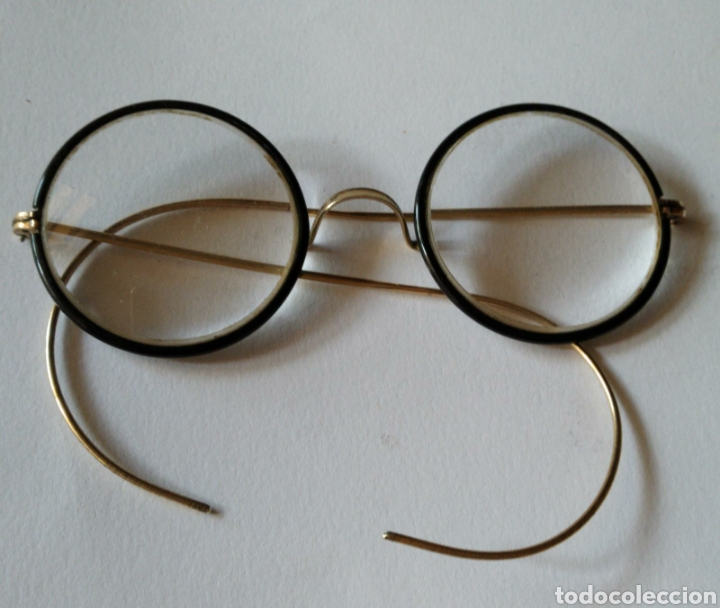 LENTES ANTIGUAS EN LACA NEGRA Y ORO DE 12K. (Antigüedades - Técnicas - Instrumentos Ópticos - Gafas Antiguas)
