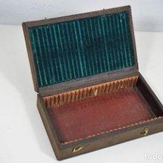 Antigüedades: MICROSCOPIO. ANTIGUA CAJA PARA PREPARACIONES MICROSCOPICAS C.1880. Lote 225509085
