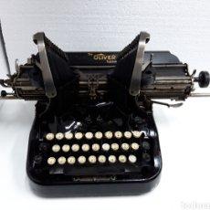 Antigüedades: ANTIGUA MAQUINA DE ESCRIBIR TYPEWRITER OLIVER 15. Lote 225750540