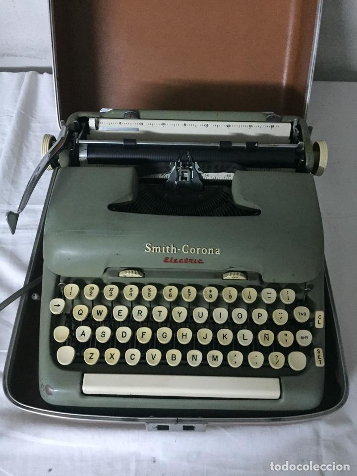 Antigüedades: Máquina de escribir Smith Corona Electric - Foto 2 - 226052425