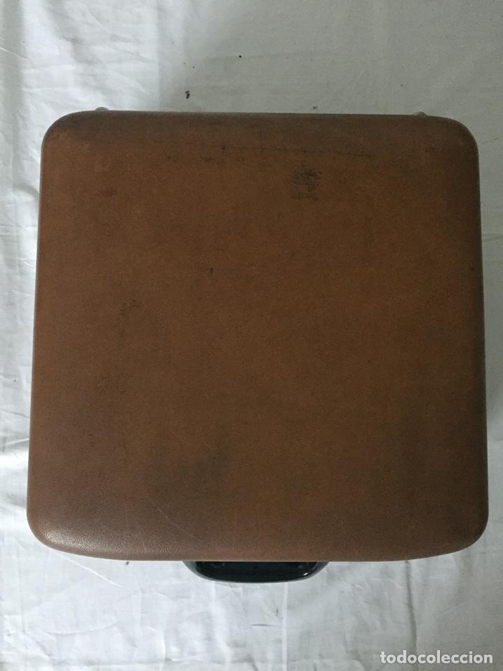 Antigüedades: Máquina de escribir Smith Corona Electric - Foto 4 - 226052425