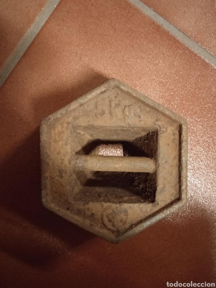 ANTIGUA PESA PONDERAL DE HIERRO 5 KILOS (Antigüedades - Técnicas - Medidas de Peso - Ponderales Antiguos)