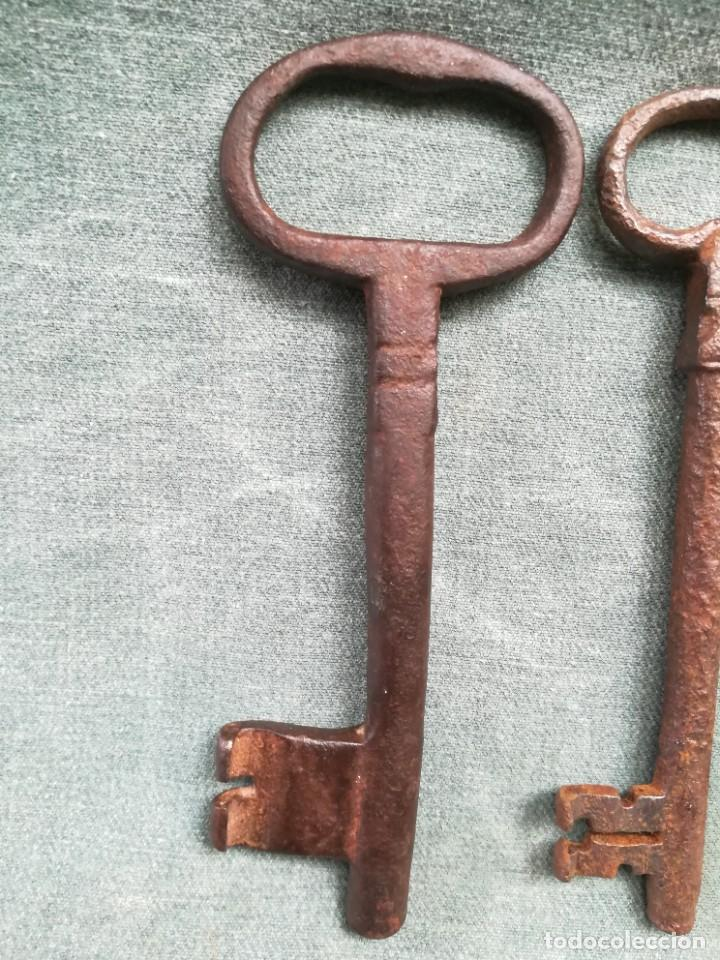 Antigüedades: LOTE DE 7 LLAVES ANTIGUAS DE FORJA - Foto 12 - 226379475