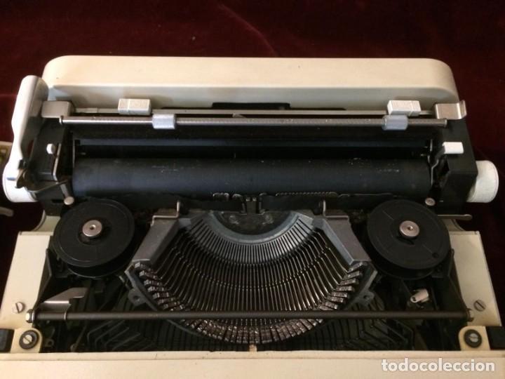 Antigüedades: Maquina de escribir Lettera 35 - Foto 5 - 226572945