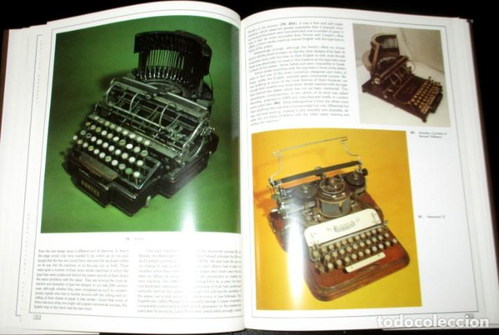 Antigüedades: ANTIQUE TYPEWRITERS. MICHAEL ADLER. LA BIBLIA DE LAS MÁQUINAS DE ESCRIBIR. EN INGLÉS. - Foto 7 - 226657574