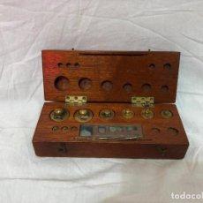 Antiquités: JUEGO DE PESAS DE VIAJE FALTAN 3 PESAS.. Lote 226771071